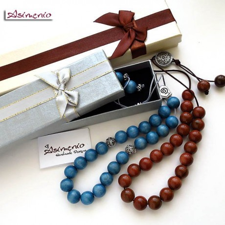 Komboloi with wooden beads beige color